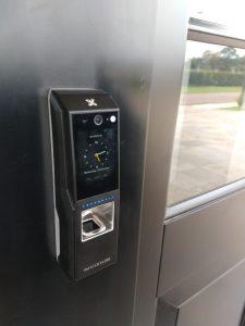 fechadura com biometria